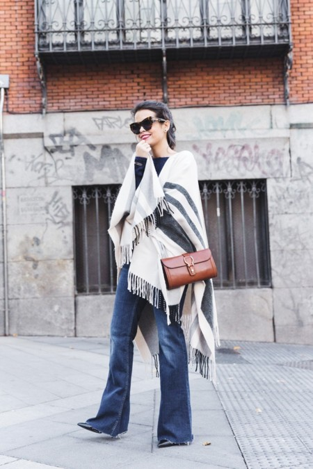 Flared Trousers Street Style 3