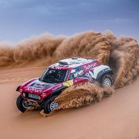 ¡Matador! Carlos Sainz repite victoria de etapa en el Dakar para afianzar su liderato en la general