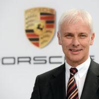 Matthias Müller sustituye a Martin Winterkorn en Volkswagen, y cesan otros tres altos cargos