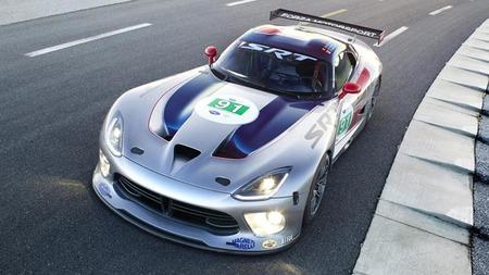 SRT Viper GTS-R debuta en pista
