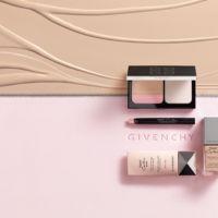 Tengo que empezar a vestir mi piel, y lo hago con Teint Couture Balm, la base más ligera de Givenchy