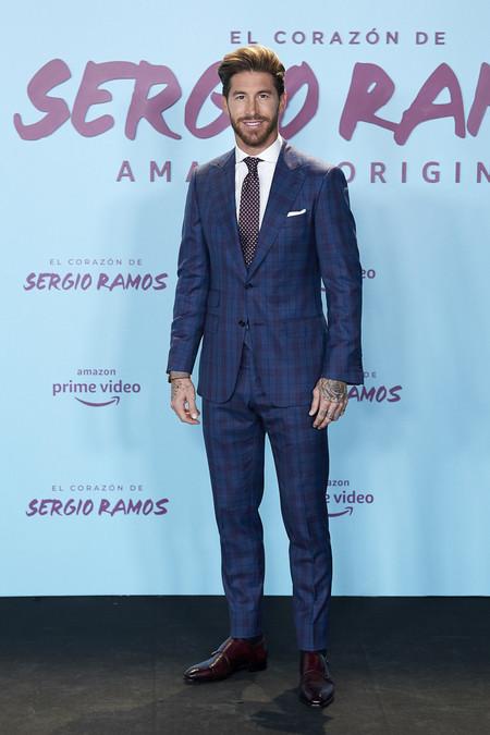 Sergio Ramos Da Con El Perfecto Look De Transicion En El Estreno De Su Documental En Madrid03