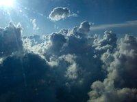 Estudian las partículas que forman nubes