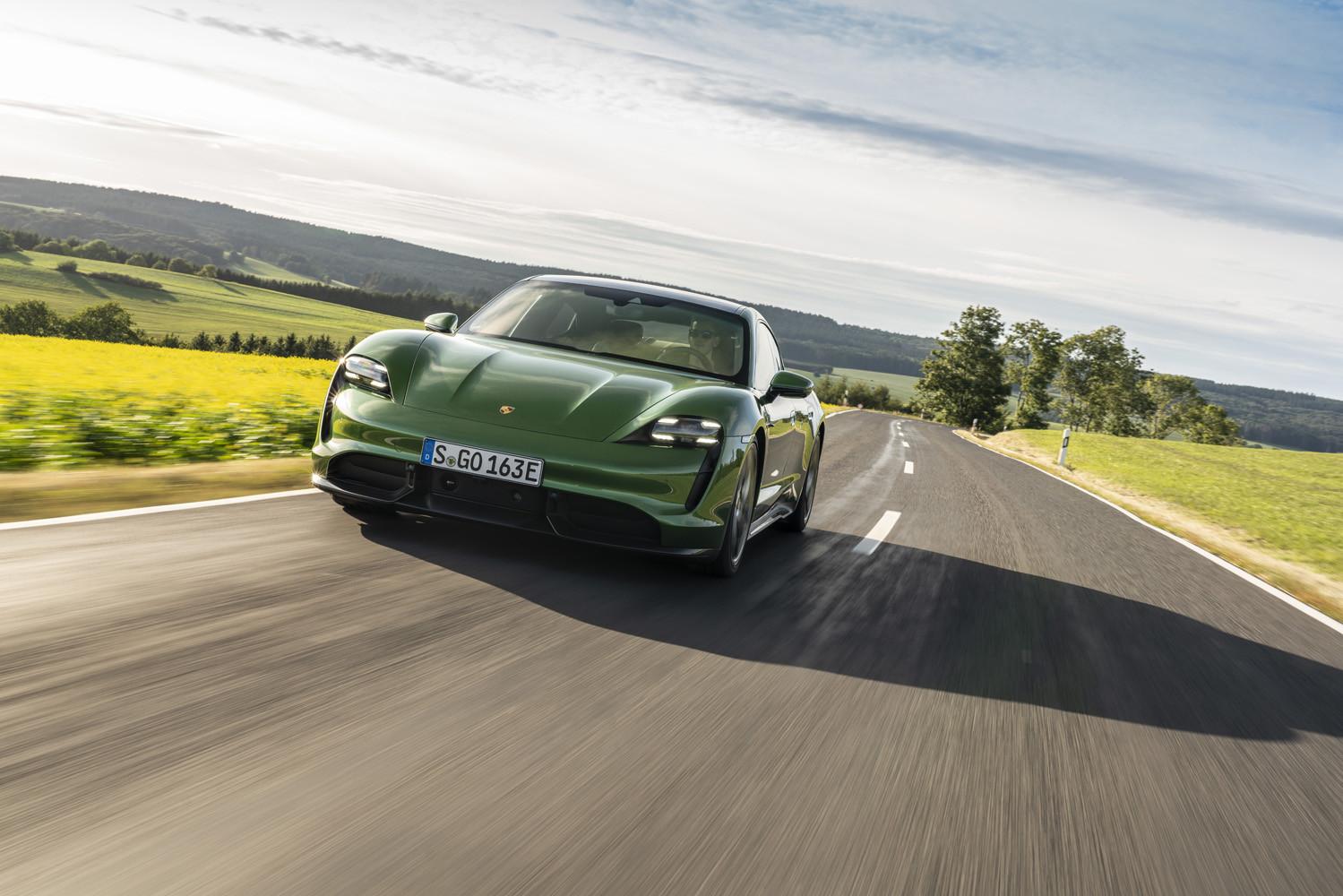 Foto de Porsche Taycan prueba contacto (242/275)