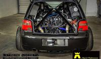 Este Golf R32 monta un V10 de Lamborghini, biturbo
