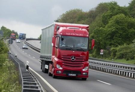 Camiones con control de velocidad predictivo