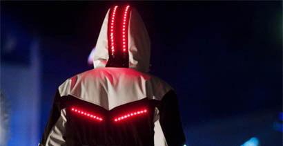 Chaqueta con LEDs, posible mejora de la visibilidad para moteros