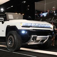 El primero de los Hummer eléctricos de más de 1.000 CV, subastado por 2,5 millones de dólares