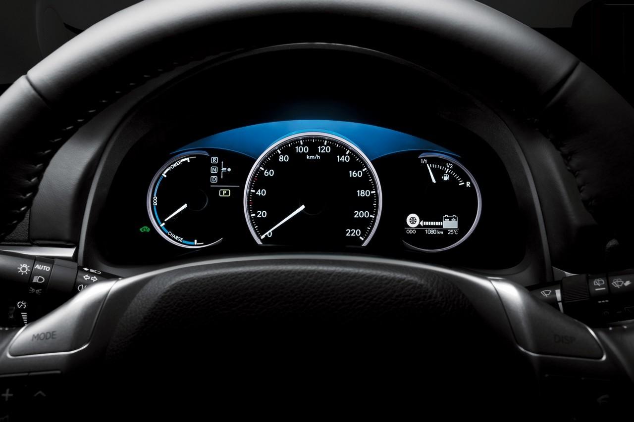 Foto de Lexus CT 200h (154/164)