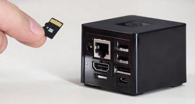 Ya está listo un nuevo CuBox, el ordenador Media Center más pequeño del mundo