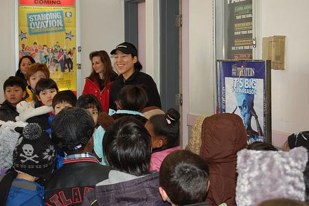 Llevar a los niños al teatro: una experiencia inigualable y muy beneficiosa