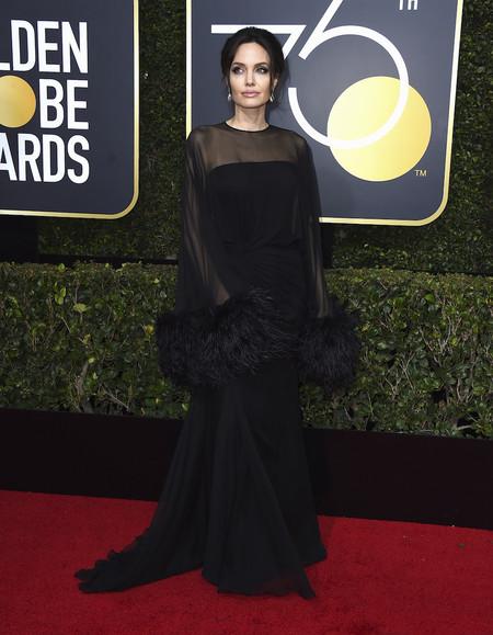 Alfombra Roja Globos De Oro 2018 Angelina Jolie Atelier Versace