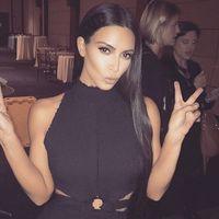 No, no y mil veces no a las uñas de Kim Kardashian