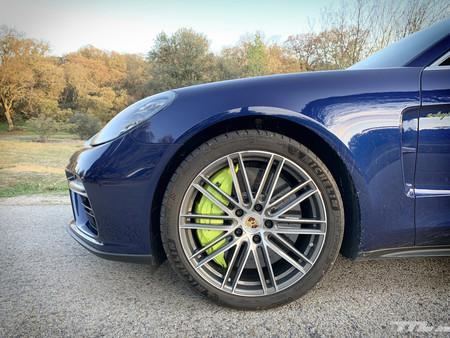 Porsche Panamera Turbo S E-Hybrid llantas