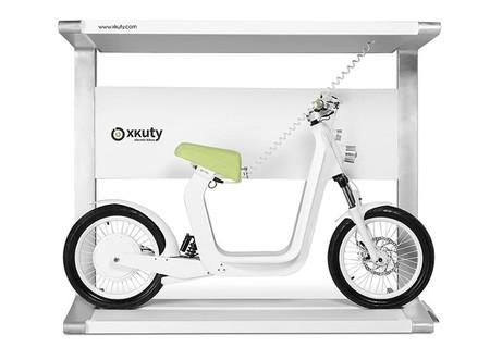 Y si te compras la moto enchufable junto con el enchufe