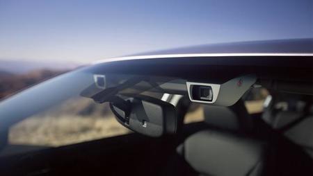 Subaru actualiza su sistema de detección EyeSight con cámaras a color y nuevas prestaciones