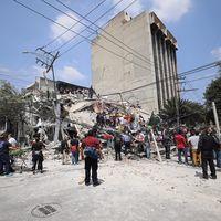 Recursos para la reconstrucción de hogares tras sismo del 19S, habrían sido utilizados para compra de tablets y regalos