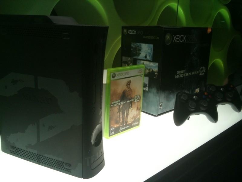 Foto de Xbox 360 de 250GB con pack Modern Warfare 2 (4/6)