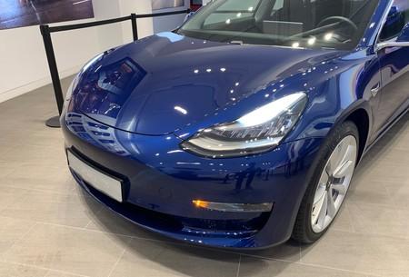 Tesla Model 3 Faros