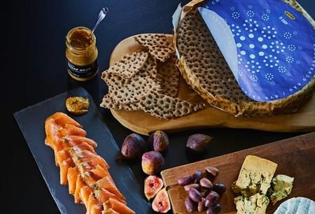 Buffet Sueco Julbord Salmon Mostaza