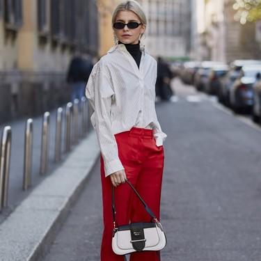 Si no sabes cómo llevar tus pantalones anchos de vestir este invierno, estos looks de street style te darán la inspiración que necesitas