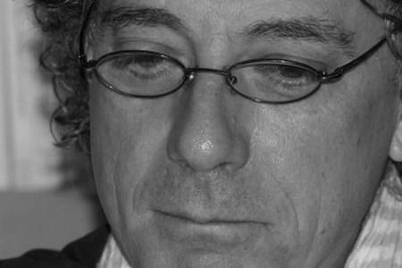 Juan Carlos Mestre recibe el Premio Nacional de Poesía 2009