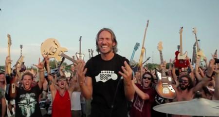 1000 músicos y un épico vídeo sólo para pedir que los Foo Fighters regresen a su ciudad (Actualizado)