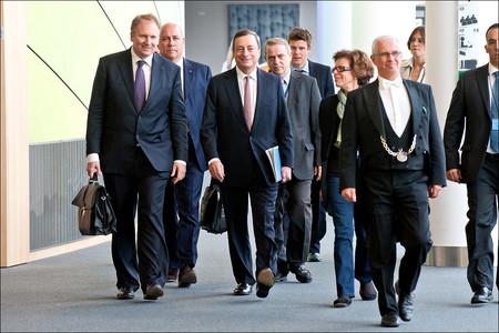 Los grandes protagonistas del devenir económico son... los bancos centrales