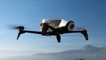 Parrot ha renovado su dron Bebop para llegar a más público, duplica la autonomía de vuelo