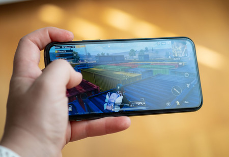 Iphone 11 Pro Uso Juego 01