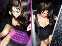 Amy Winehouse recupera las viejas costumbres: pezón y braga en la misma noche