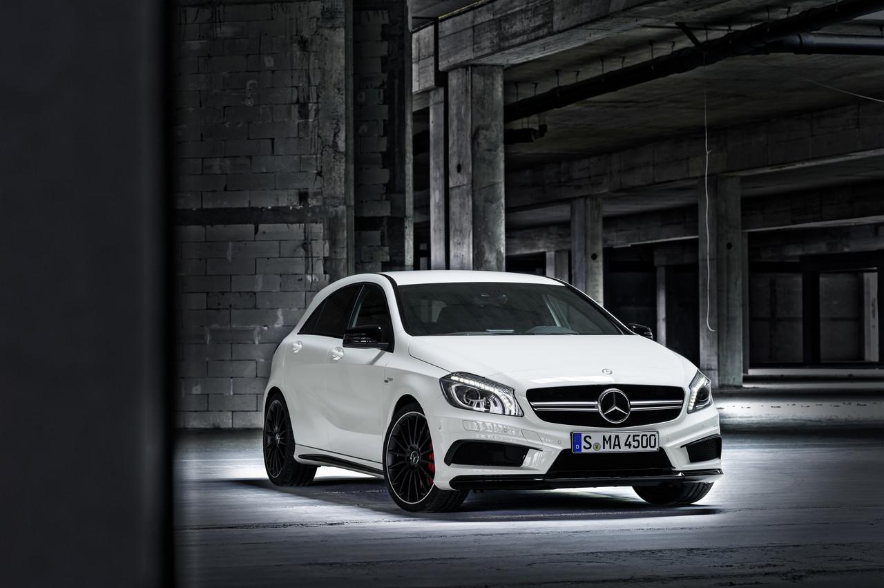 Foto de Mercedes-Benz A 45 AMG (8/24)