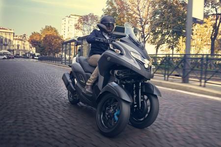 El Yamaha Tricity 300 aumenta la familia de scooter de tres ruedas y abre otra opción para el carnet de coche