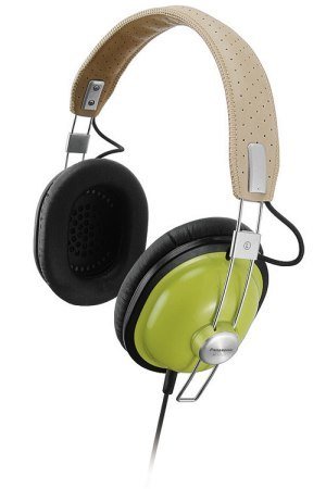 Auriculares Panasonic RP-HTX7 con aire retro