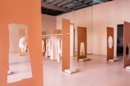 Espacios para trabajar: la Pop-up Store de COS en Austere