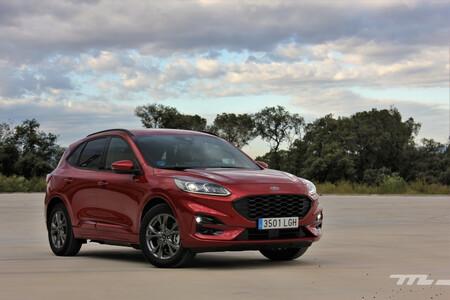 Ford Kuga PHEV SUV híbrido enchufable etiqueta CERO menos de 40.000 euros