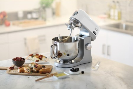 Robot de cocina Kenwood kMix KMX750WH rebajado de 429 euros a sólo 259 euros en Amazon