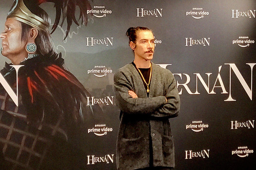 """""""Hernán se va a politizar porque es a lo que jugamos en España"""". Óscar Jaenada"""