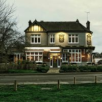 The Swan Inn, el nuevo sueño de José Pizarro en Reino Unido con alma española