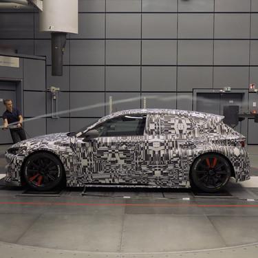 La aerodinámica de los coches actuales no sería nada sin usar un túnel de viento. Así funcionan estas instalaciones