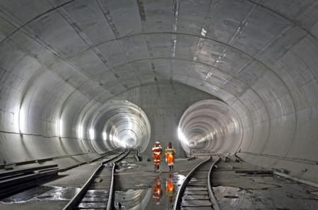 Las impresionantes cifras del Túnel de San Gotardo