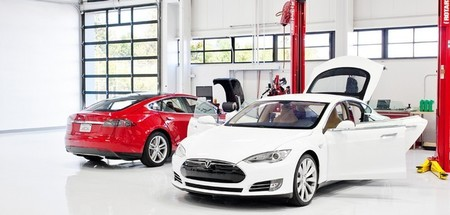 Tesla Model S en taller oficial