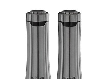 Por 23,26 euros tenemos estos elegantes molinillos de sal y pimienta Russell Hobbs en Amazon