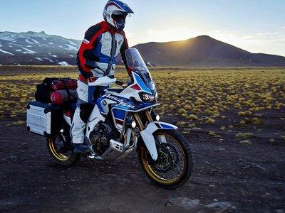 La Honda CRF1000L Africa Twin Adventure Sports ahora en dos vídeos que avanzan a la anti-GS