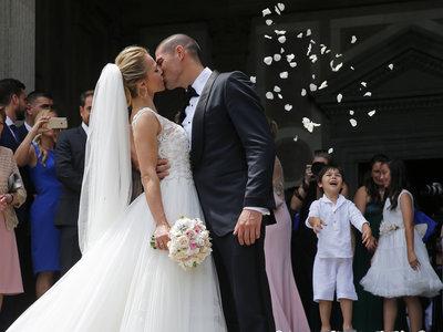 Comienza la temporada de bodas de los futbolistas. La primera la de Víctor Valdes y Yolanda Cardona