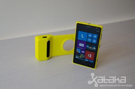 Nokia Lumia 1020 con carcasa fotográfica