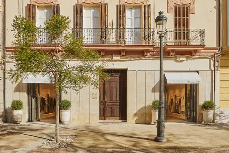 Planes de verano: Massimo Dutti ha abierto tienda en Ibiza inspirándose en el ambiente de la isla