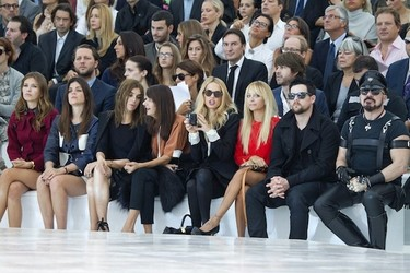 Muchas celebrities en el Carrusel (front-row) de Louis Vuitton
