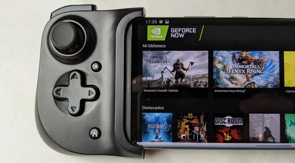 Jugar en el móvil a juegos de ordenador y sin comprarlos dos veces: el streaming de GeForce Now lo hace posible