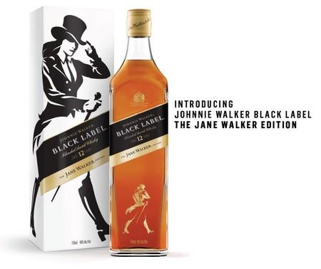 Jane Walker sustituirá a Johnnie Walker para hacer el whisky atractivo a las mujeres (que no saben beber)